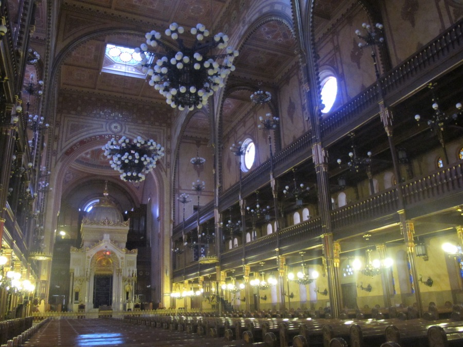 Inside the Dohany Street Synagogue. Grand in Moorish style.
